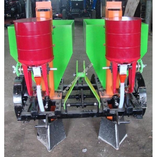 Туковысевающий аппарат ДТЗ КС-2 в комплекте (2 бункера под удобрения для картофелесажателей)